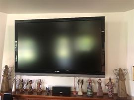 Sharp LCD TV with mount