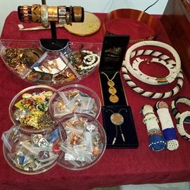 Costume jewelry with a LOT of copper jewelry. Note beaded items of African style.