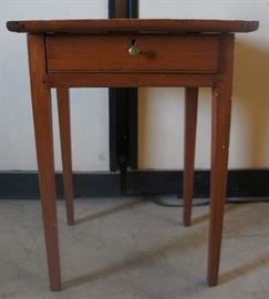 Pegged 1 Drawer Tapered Leg Table