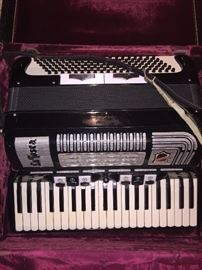 LaTosca accordion