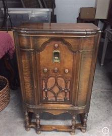 Antique Radio RCA-75