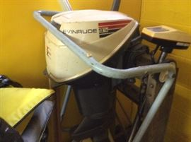 Vintage Evinrude 9 1/2 horse engine