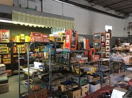 massive O scale model train collection