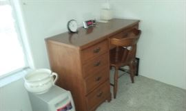 5 drawer desk, cpu, ceramic bowl