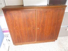 MCM Cabinet
