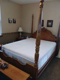 Bassett queen 4 post bed