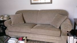 2 cushion sofa - great condition