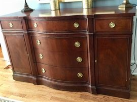 18. Vintage Drexel Heritage Mahogany 6 Drawer 2 Door Sideboard w/ Brass Pulls (62'' x 22'' x 37'')