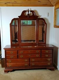 Cherry Dresser & Tri-Fold Mirror:     http://www.ctonlineauctions.com/detail.asp?id=728339