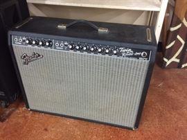 Fender Twin Reverb-Amp model 65 reissue