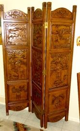VINTAGE CARVED ASIAN TRI FOLD SCREEN