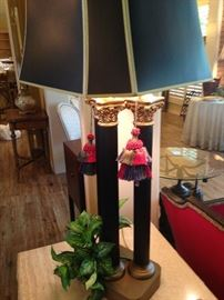 Good looking 3 column lamp