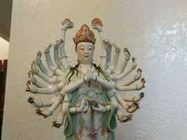 Lady buddha with 24 hands