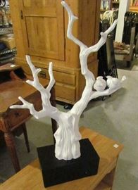 "Resin sculpture ""birds on a limb"""