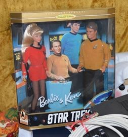 Star Trek - Barbie and Ken