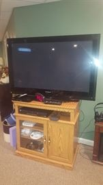 $25   Oak TV cabinet/stand  $75  Panasonic Flat screen TV