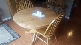"""$80  Round table with 2 chairs, extra 18"""" leaf"""