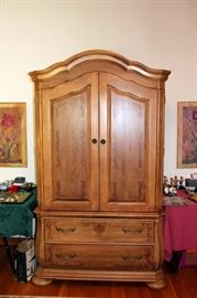 Nice Armoire / Entertainment Center