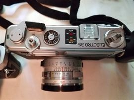 Lot of 3 Vintage Cameras and Tripod