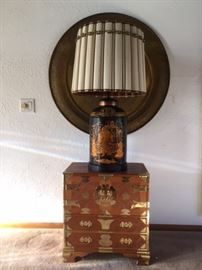 Lamp with small Tansu