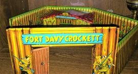 Vintage Fort Davy Crockett