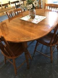 Hitchcock Maple Table and Chairs, wonderful condition