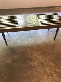 Mid Century expandable coffee table