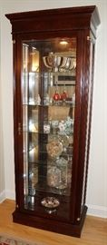 Nice size curio cabinet, perfect for a small space or use as an accent in a larger space