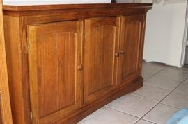 Mission style sideboard/buffet/server.