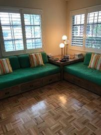 BAHAMA BEDS WITH STORAGE & CORNER TABLE