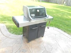 weber natural gas grill, good condition