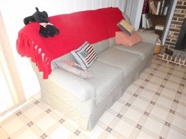"""real nice sofa 6' 6"""" long, neutral color (B&W) , in great conditon"""