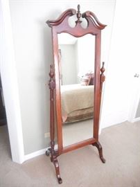 Nice full length dressing mirror, well made
