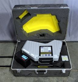 Foxboro Miran SapphIRe Model 205B -5A1B1AT-A Thermo Scientific Portable Ambient Analyzer with Platt Rolling Hard Case
