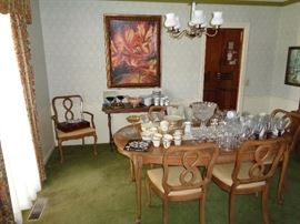 FP dinning room suite