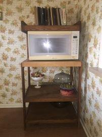 Microwave, microwave stand