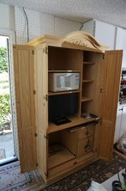Pine Hutch cabinet/Entertainment Center