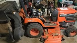 Kubota 2000 BX2200, 605 hours, with rear bagger