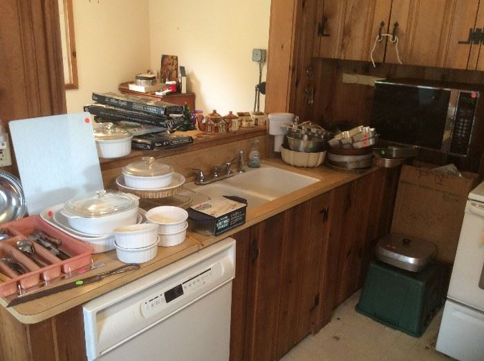 Corning Ware, Pyrex, baking pans