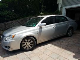 2009 TOYOTA AVALON, LTD. LEATHER INTERIOR, SUNROOF, 78000 MILES  $8500.00. Overall good condition with few body scrapes and minor dings.