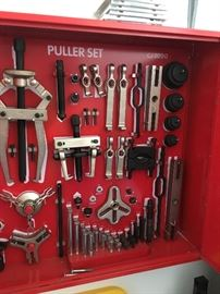 Snap-On CJ2000 Master Puller Set w/Tool Control Board/Wall Cabinet; like new