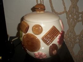 grandma cookie jar 1956