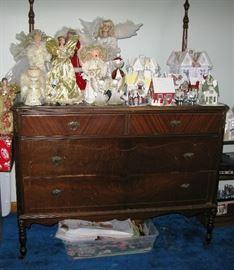 vintage dresser with mirror   BUY IT NOW $ 145.00