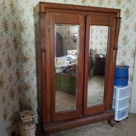 Knockdown Wardrobe with beveled glass
