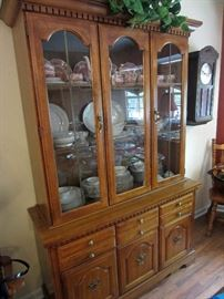 Nice size china cabinet ... not too big not too small