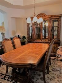 Beautiful Dining Room Set Includes two leaves, Lighted Hutch.