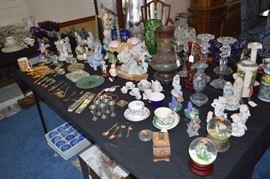 Snow globes, pewter, cloisonette, figurines