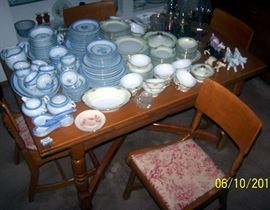 Maple refractory table w / five chairs, 2 sets of china, kerosene lamps and cow creamer collection