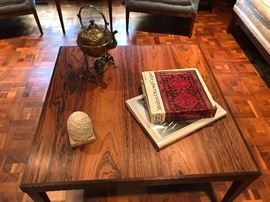 Reoval Coffee Table