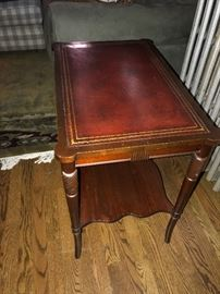 SOLID WOOD LEATHER TOP SIDE TABLE